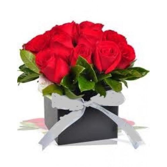 Arranjo Mine com 10 Rosas Vermelhas